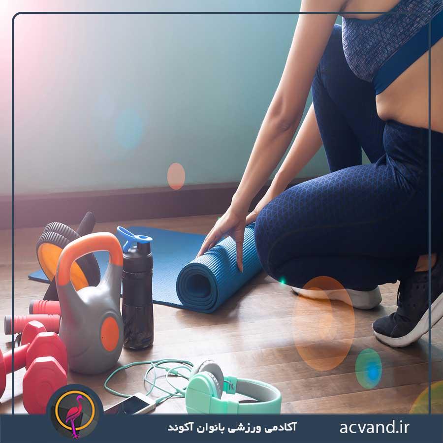آموزش بهترین حرکات و تمرینات  بدنسازی برای بانوان در منزل